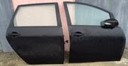 Задние двери для Mitsubishi Grandis